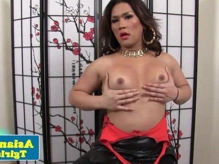Шмели Порно Азиатские трансексуалы Лиза долго играющая ее задницу секс видео