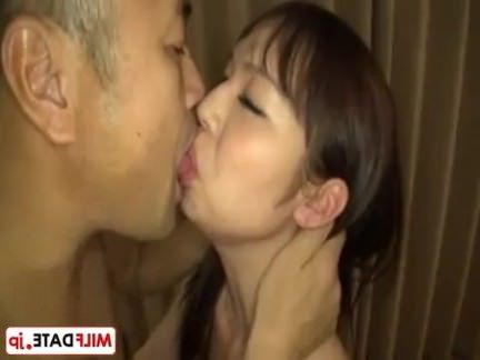 Шмели Порно Дикая Япония леди мальчик, а не мама секс видео