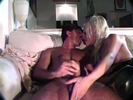 Ледибои Порно Трансексуалы получает задницу трахал секс видео