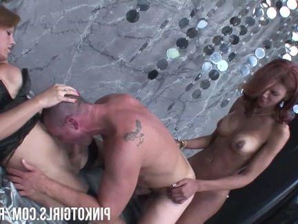 Транни Порно Два Trannies Двойной Пронизывающий A Парень секс видео