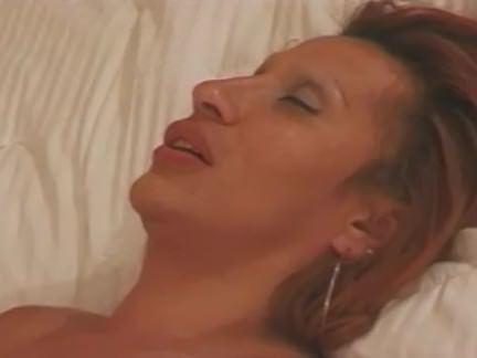 Шмели Порно Жир мальчик сосет транс от секс видео