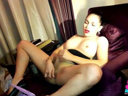 Травести Порно Азиатская грудастая красивая Ц Филиппинки с Сиси секс видео