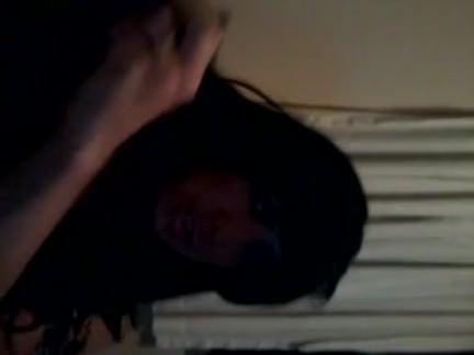 Ледибои Порно Загадочная траснуха болтает своим эрегированным членом секс видео