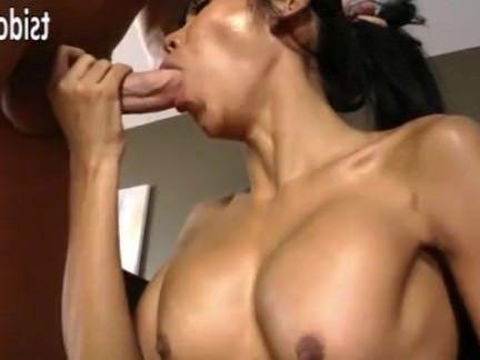 Ледибои Порно Тонкий транссексуал Shasha Анальный проникновение секс видео