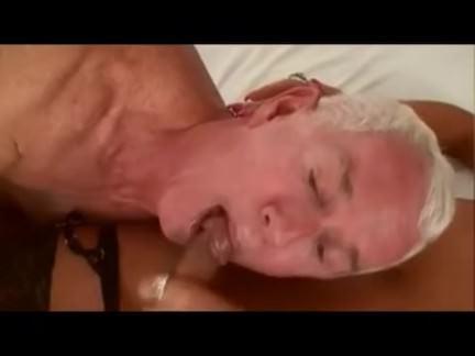 Шмели Порно транссексуал Ариэль трахается старик МММ секс видео