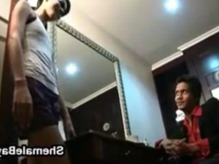 Транссексуалы Порно Роговой Тайских Трансов Компиляция секс видео