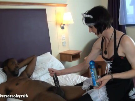 Шимейлы Порно Лиза сердце и БРИКС в горничной секс видео